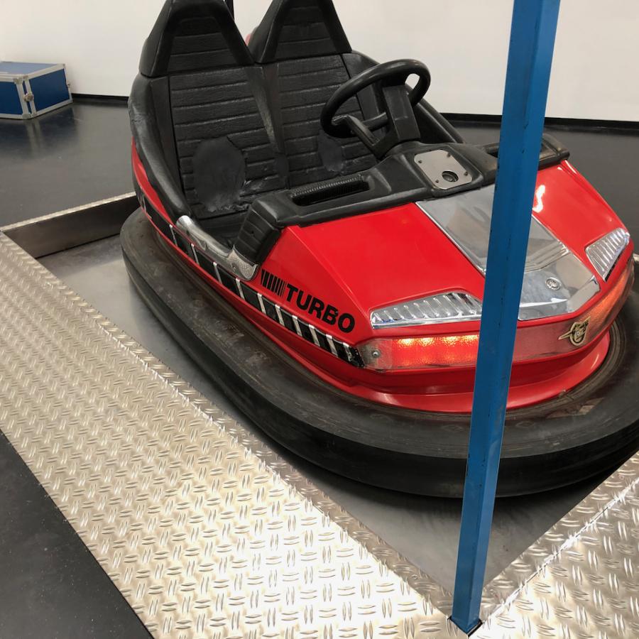 24 Bumper car WEB 5 of 9