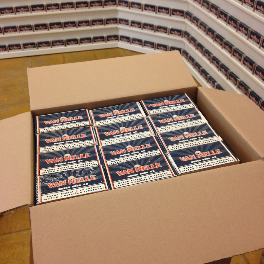 Factory Editions Maze de Boer 01